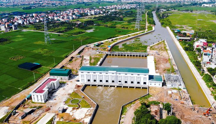 Sau hơn 4 tháng phát hành HSMT, Gói thầu số 16H thuộc Dự án Cải thiện hệ thống tiêu nước khu vực phía Tây TP. Hà Nội thu hút được 3 nhà thầu tham dự. Ảnh: Tuấn Quân