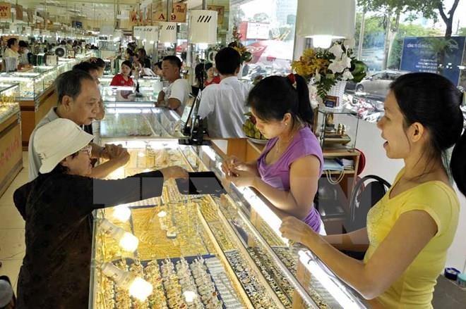 Giá vàng trong nước sáng 16/7 vẫn ở mức cao. Ảnh minh họa: TTXVN