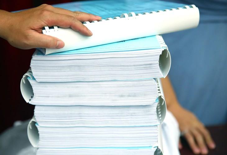 Đối với phương thức lựa chọn nhà thầu 1 giai đoạn 2 túi hồ sơ, pháp luật không quy định phải công bố thư giảm giá tại thời điểm mở hồ sơ đề xuất kỹ thuật. Ảnh: Lê Tiên