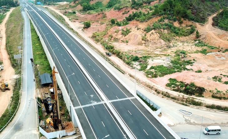 Đấu thầu cao tốc Bắc - Nam phía Đông: Lo ngại rủi ro nếu thiếu tiêu chí về năng lực quản lý, vận hành