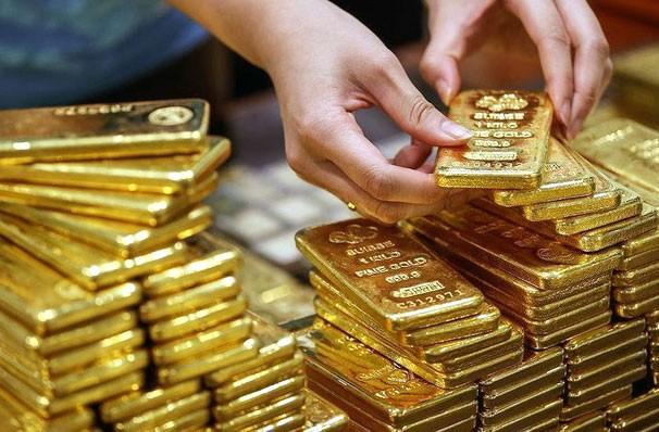 Giá vàng thế giới tăng khoảng 28% tính từ đầu năm đến nay, trong khi giá vàng trong nước tăng khoảng 32%. Ảnh: St