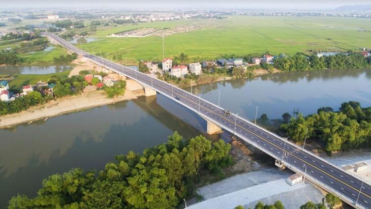 Dự án Xây dựng cầu Đồng Sơn và đường dẫn lên cầu có tổng mức đầu tư 1.163 tỷ đồng, tổng chiều dài 10,62 km. Ảnh: St