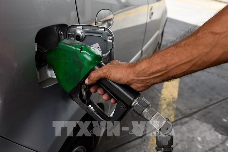 Giá dầu châu Á giảm nhẹ trong phiên 3/8. Ảnh: TTXVN phát