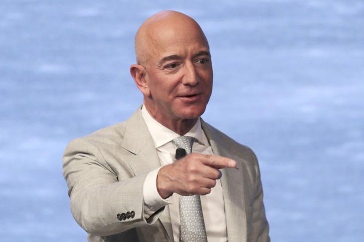 Tài sản ông chủ Amazon sắp cán mốc 200 tỷ USD