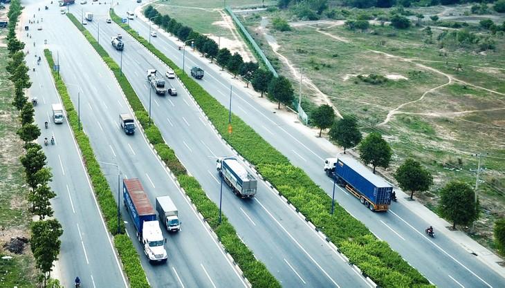 Tổng nhu cầu vốn đầu tư tối thiểu giai đoạn 2021 - 2025 của Bộ giao thông vận tải là khoảng 358 nghìn tỷ đồng. Ảnh: Lê Tiên