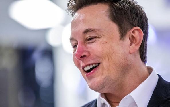 Tỷ phú Elon Musk giàu thứ ba thế giới