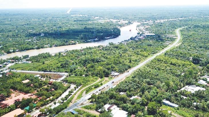 Các đại dự án giao thông khi được đưa vào khai thác sẽ tạo thành mạng lưới giao thông hoàn chỉnh cho khu vực Đồng bằng sông Cửu Long. Ảnh: Lê Tiên