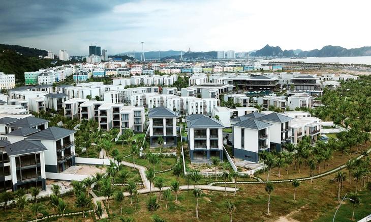 Giá bất động sản khá ổn định do giới đầu tư vẫn vững về nguồn lực tài chính. Ảnh: Lê Tiên