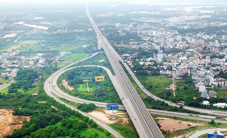 Công tác giải phóng mặt bằng có yếu tố quyết định đến tiến độ thực hiện và giải ngân của các dự án, công trình trọng điểm ngành giao thông vận tải