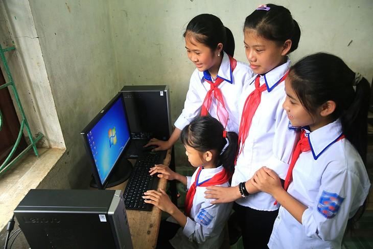 Phòng Giáo dục và Đào tạo huyện Ia HD'rai (tỉnh Kon Tum) là bên mời thầu của Gói thầu Mua sắm trang thiết bị dạy và học cho các trường học trên địa bàn Huyện. Ảnh: Nhã Chi