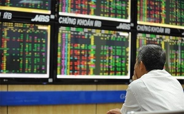 Thị trường chứng khoán Việt Nam sẽ đối mặt với áp lực chốt lời trong tháng 10. (Ảnh: TTXVN).