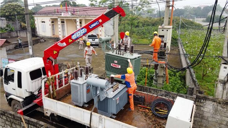 Trong 9 tháng đầu năm 2020, Công ty Điện lực Thái Nguyên tổ chức lựa chọn nhà thầu thực hiện 41 gói thầu thuộc các dự án đầu tư xây dựng và 16 gói thầu thuộc các hạng mục sửa chữa lớn