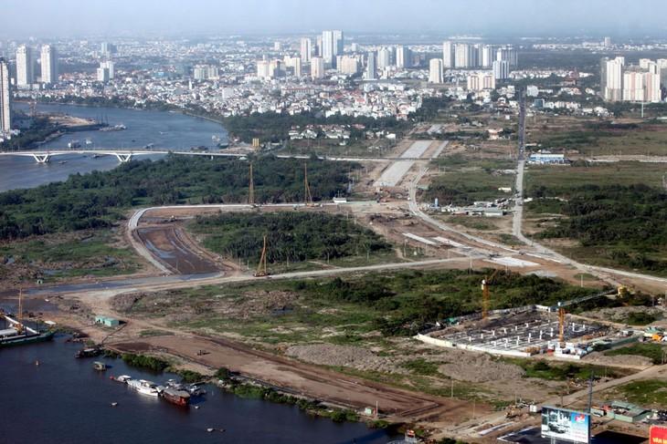 Kỳ họp thứ 10, Quốc hội khóa XIV sẽ xem xét, thông qua Nghị quyết của Quốc hội về tổ chức chính quyền đô thị tại TP. Hồ Chí Minh. Ảnh: Tường Lâm