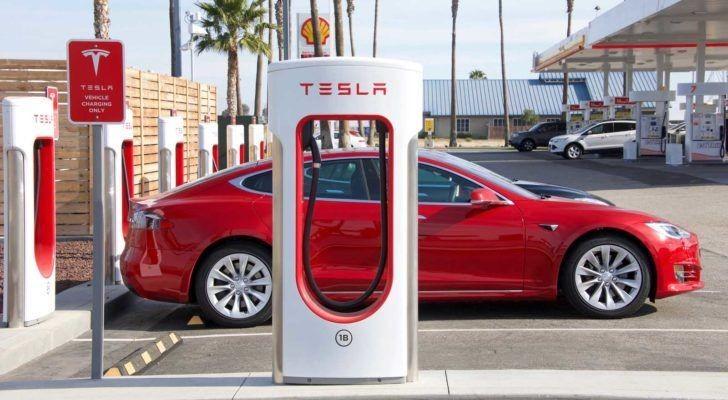 Tesla báo lãi cao nhất từ trước đến nay