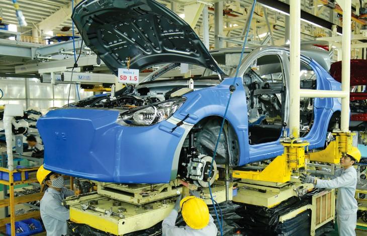 Sản xuất công nghiệp tháng 10 tiếp tục khởi sắc, đặc biệt là ngành chế biến, chế tạo với mức tăng 8,3% so với cùng kỳ năm trước. Ảnh: Lê Tiên