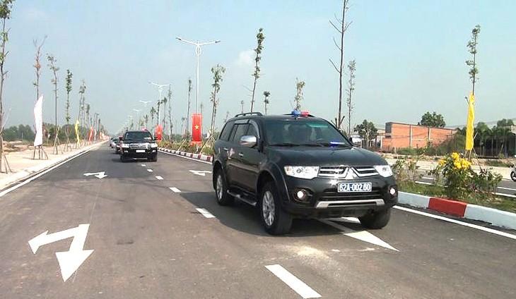 Đường 3/2 nối dài khánh thành tháng 12/2019, được giới đầu tư đánh giá có vị trí đẹp tại thị trấn Hậu Nghĩa, huyện Đức Hòa, tỉnh Long An. Ảnh: Kim Thanh