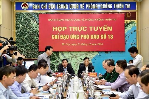 Phó Thủ tướng Trịnh Đình Dũng chủ trì cuộc họp - Ảnh: VGP/Đoàn Bắc