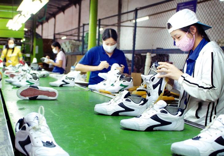 Hiệp định RCEP sẽ giúp doanh nghiệp Việt Nam mở ra cơ hội tăng trưởng xuất khẩu, gia tăng đầu vào từ nhập khẩu có chất lượng; tham gia chuỗi giá trị… Ảnh: Lê Tiên