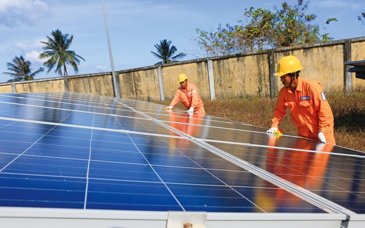 Nhiều dự án điện tái tạo không thể giải tỏa hết công suất do thiếu lưới truyền tải. Ảnh: Ngọc Hà