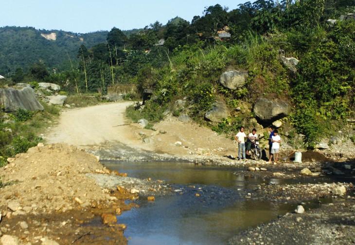 Trên các tuyến quốc lộ qua tỉnh Lạng Sơn vẫn còn nhiều điểm đen có khả năng gây mất an toàn giao thông. Ảnh minh họa: Gia Khoa