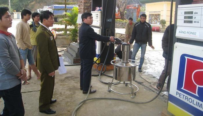 Tình trạng vi phạm pháp luật trong hoạt động sản xuất, kinh doanh xăng, dầu, nhất là xăng, dầu giả tại các địa phương đang có xu hướng ngày càng phức tạp