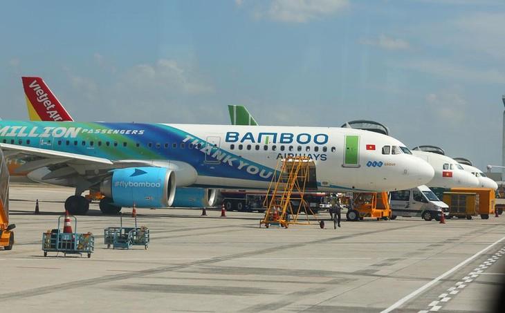 Theo Hiệp hội Doanh nghiệp hàng không, dù các doanh nghiệp hàng không tư nhân báo lãi hợp nhất, nhưng hoạt động kinh doanh vận tải hàng không của các hãng đều lỗ. Ảnh: Lê Tiên