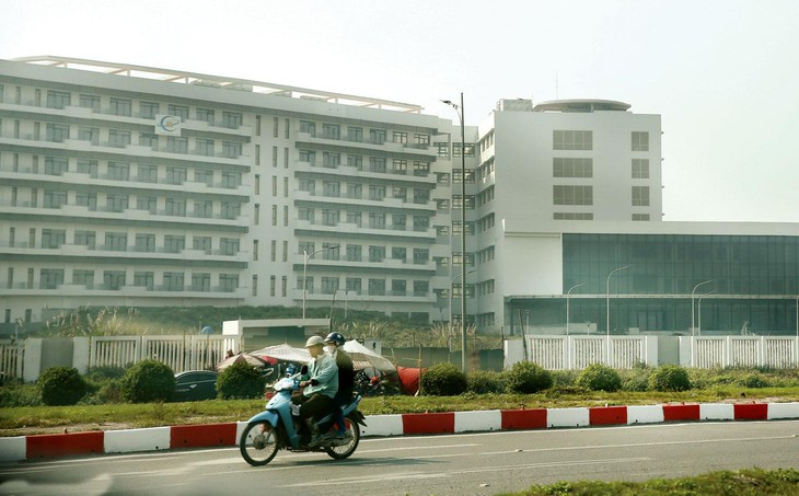 Tại các dự án Cơ sở 2 Bệnh viện Bạch Mai và Cơ sở 2 Bệnh viện Việt Đức, việc áp dụng loại hợp đồng hỗn hợp là một trong những nguyên nhân chính làm tăng dự toán. Ảnh: Tiên Giang