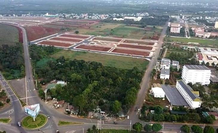 Công ty TNHH Xây dựng Sơn Tây được công bố trúng 28 gói thầu trong gần 5 năm qua, trong đó 15 gói do Ban QLDA đầu tư xây dựng TP. Buôn Ma Thuột (Đắk Lắk) mời thầu. Ảnh: NC st