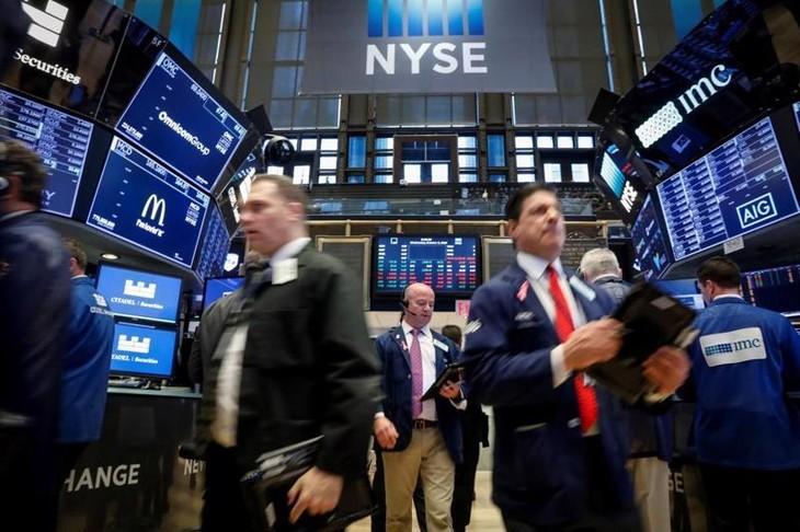 Dứt 3 phiên giảm, chứng khoán Mỹ đảo chiều tăng vọt nhờ lực mua bắt đáy