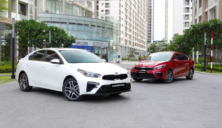 Mức ưu đãi cao nhất dành cho 2 mẫu xe Kia Sedona và Kia Sorento với tổng giá trị ưu đãi lên tới 77 triệu đồng