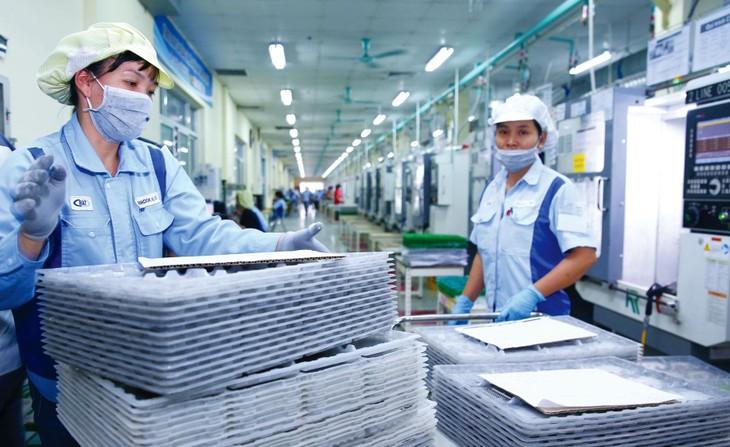 Ngành công nghiệp chế biến, chế tạo dẫn đầu trong thu hút FDI với tổng vốn đầu tư đăng ký đạt 6,139 tỷ USD trong 5 tháng đầu năm. Ảnh: Lê Tiên