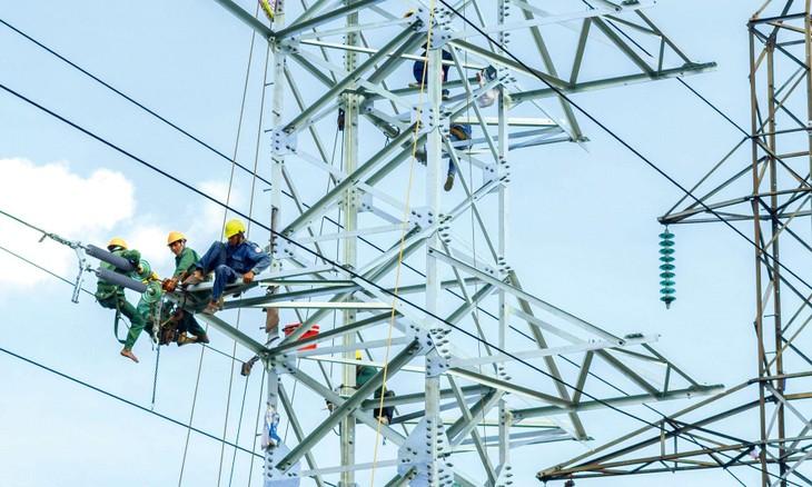 Nhiều dự án truyền tải điện đang chậm tiến độ so với kế hoạch từ 6 tháng trở lên. Ảnh: Thế Anh
