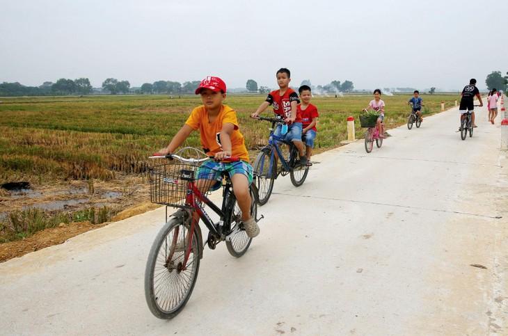 Gói thầu số 07 thuộc Dự án Cải tạo, nâng cấp đường giao thông nông thôn tại thôn Triều Dương, xã Chi Lăng Nam, huyện Thanh Miện, Hải Dương có dự toán 9,267 tỷ đồng. Ảnh minh họa: Lê Tiên