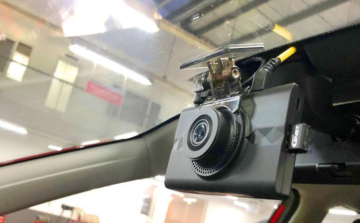 Theo Nghị định số 10/2020/NĐ-CP, doanh nghiệp phải lắp đặt camera trên xe ô tô kinh doanh vận tải trước 1/7/2021. Ảnh: NC st