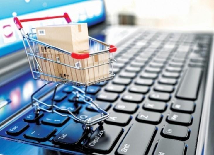 Sàn thương mại điện tử sẽ có trách nhiệm khai thuế thay, nộp thuế thay cho cá nhân kinh doanh. Ảnh: Internet