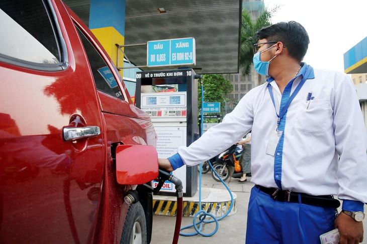 Xăng dầu là lĩnh vực kinh doanh đặc biệt, ảnh hưởng đến an ninh năng lượng quốc gia. Ảnh: Tiên Giang