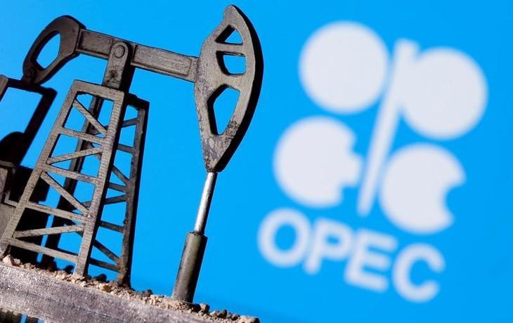 Giá dầu tăng 6 tuần liên tiếp, OPEC hoãn ra quyết định sản lượng