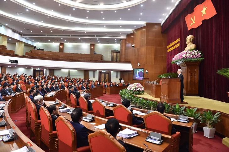 Tổng Bí thư Nguyễn Phú Trọng phát biểu bế mạc Hội nghị lần thứ ba Ban Chấp hành Trung ương Đảng khoá XIII. Ảnh: Quý Bắc