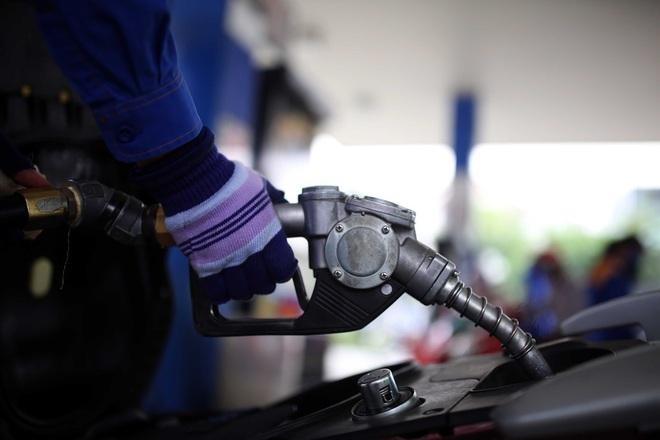 Giá xăng dầu lại tiếp tục tăng từ chiều nay (12/7).