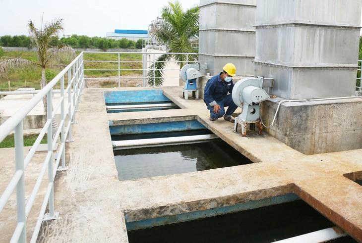 Công ty TNHH Dịch vụ và Môi trường Trọng Hiếu nhiều năm được TP. Vĩnh Yên (Vĩnh Phúc) lựa chọn làm nhà thầu quản lý, vận hành hệ thống thoát nước và xử lý nước thải. Ảnh minh họa: Nhã Chi