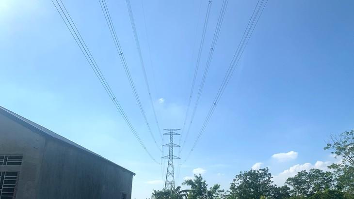 Dự án Đường dây 500 kV Tây Hà Nội - Thường Tín đã chậm tiến độ 16 tháng. Ảnh: EVNNPT