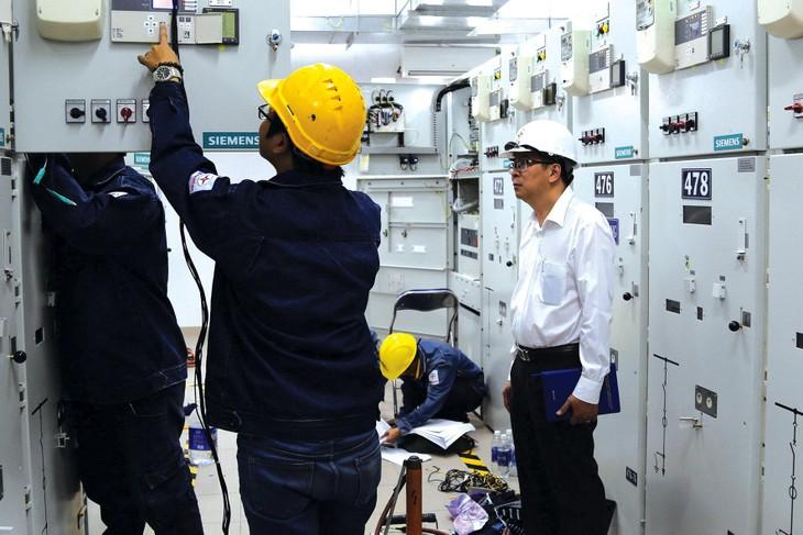 Đầu tư công nghệ hiện đại để điều khiển từ xa các trạm biến áp 110kV trên địa bàn TP.HCM là chương trình trọng điểm được EVNHCMC hoàn thành trong 2 năm 2017 - 2018