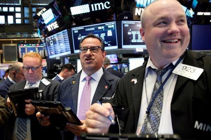 Chứng khoán Mỹ phục hồi mạnh nhờ lạc quan tăng trưởng và báo cáo lợi nhuận quý 2