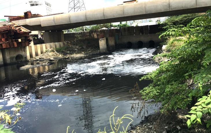 Các gói thầu xây lắp thuộc Dự án Xây dựng hạ tầng và cải tạo môi trường kênh Tham Lương - Bến Cát - rạch Nước Lên (TP.HCM) là mối quan tâm của nhiều nhà thầu. Ảnh: Nguyễn Thật