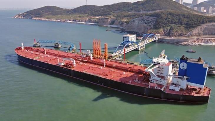 Giá dầu sụt mạnh vì mối lo về kinh tế Trung Quốc