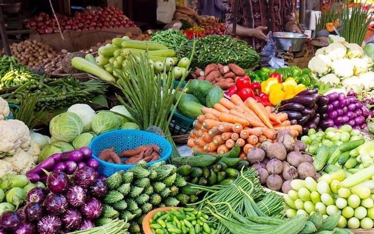 Nguồn cung hàng hóa, nhất là các mặt hàng thực phẩm trên địa bàn Thành phố Hà Nội vẫn được bảo đảm.
