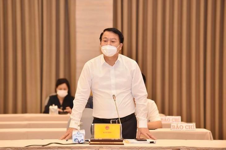 Thứ trưởng Bộ Tài chính Nguyễn Đức Chi phát biểu tại họp báo - Ảnh: VGP/Nhật Bắc