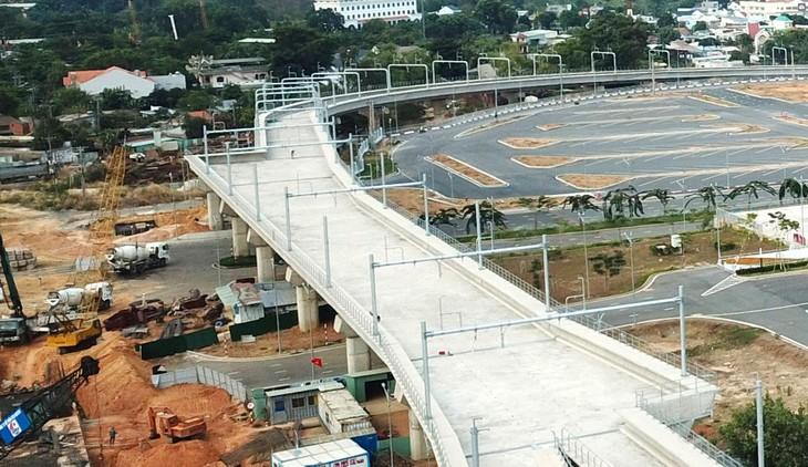 Từ năm 2020 đến 2021, tiến độ nhiều gói thầu thuộc tuyến metro số 1 và metro số 2 (TP.HCM) bị gián đoạn. Ảnh: Song Lê