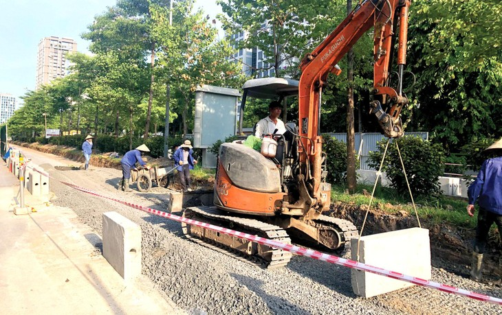 Theo Bộ Giao thông vận tải, hệ thống định mức xây dựng được Bộ Xây dựng ban hành còn thiếu một số định mức xây dựng công trình giao thông. Ảnh: Nhã Chi