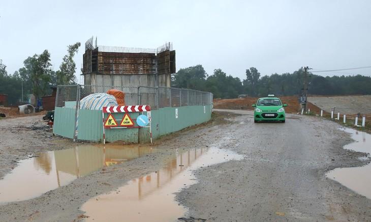 Dự án Đường Tam Trà - Trà Kót (Đường tỉnh 617 đi Quốc lộ 40B) dự kiến được hoàn thành vào cuối năm 2024. Ảnh minh họa: Quốc Học